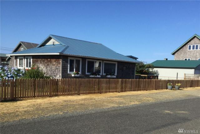 53 Central Ave, Pacific Beach, WA 98571 (#1337960) :: Homes on the Sound