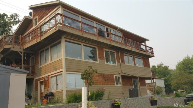 110 Water St, Chelan, WA 98816 (#1338290) :: Homes on the Sound