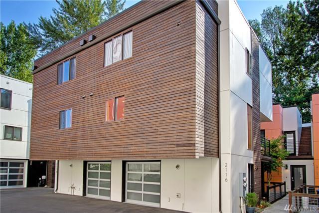 2116 NE 89th St B, Seattle, WA 98115 (#1338386) :: The DiBello Real Estate Group