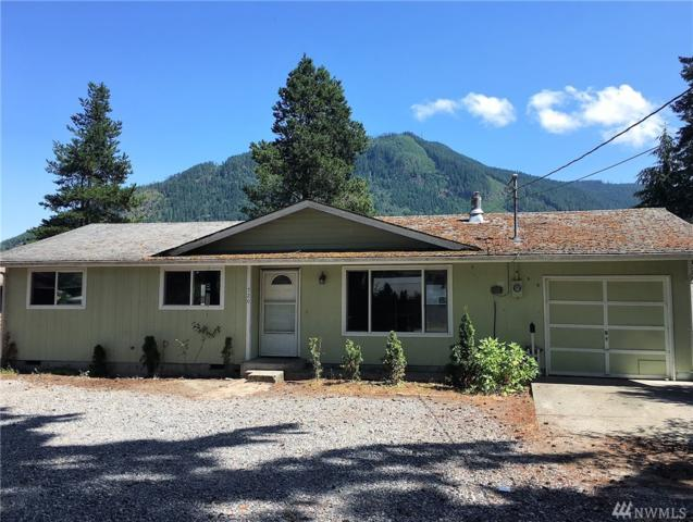 520 Commercial Ave, Darrington, WA 98241 (#1340792) :: Real Estate Solutions Group