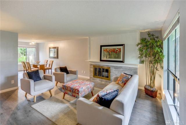 14836 SE 16th St #4, Bellevue, WA 98007 (#1341138) :: The DiBello Real Estate Group