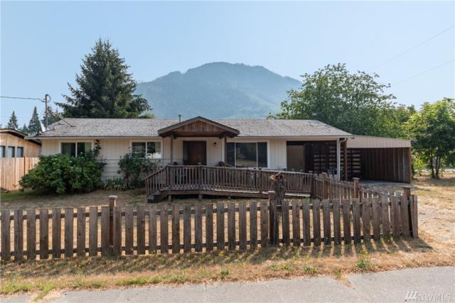 900 Mountain Loop Hwy, Darrington, WA 98241 (#1341714) :: Keller Williams - Shook Home Group