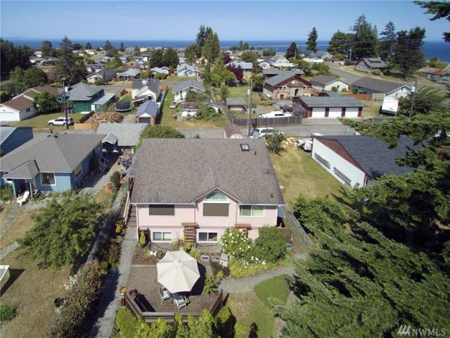 1119 W Eighth St, Port Angeles, WA 98363 (#1342417) :: Real Estate Solutions Group