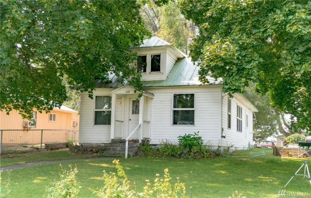 228 S Mansfield Blvd, Mansfield, WA 98830 (#1342749) :: Homes on the Sound