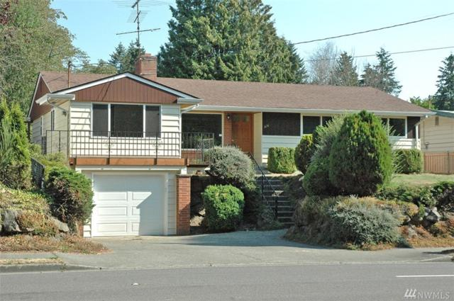 824 SW 128th St, Burien, WA 98146 (#1343426) :: Canterwood Real Estate Team