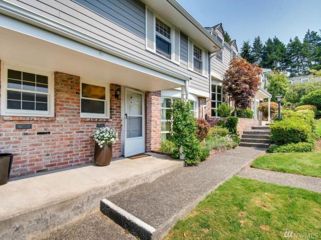 1420 Bellevue Wy SE #4, Bellevue, WA 98004 (#1343633) :: The DiBello Real Estate Group
