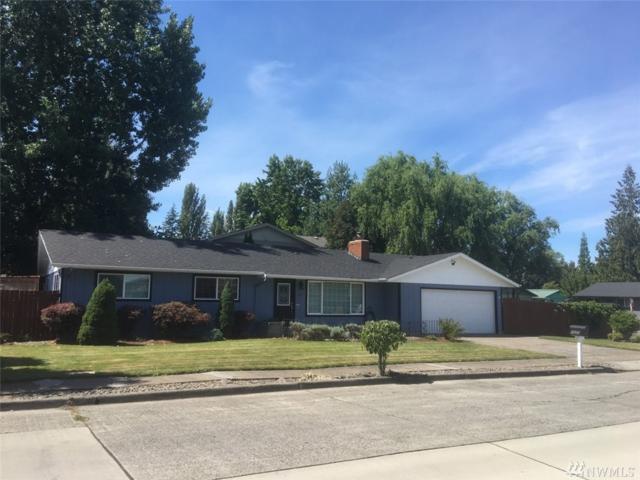 1525 33rd Ave, Longview, WA 98632 (#1343711) :: The Vija Group - Keller Williams Realty