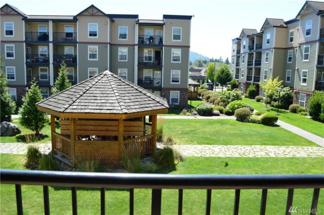 680 32nd St C203, Bellingham, WA 98225 (#1344017) :: Homes on the Sound