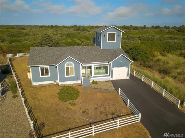 1064 Crestshire Lp, Ocean Shores, WA 98569 (#1344076) :: Beach & Blvd Real Estate Group