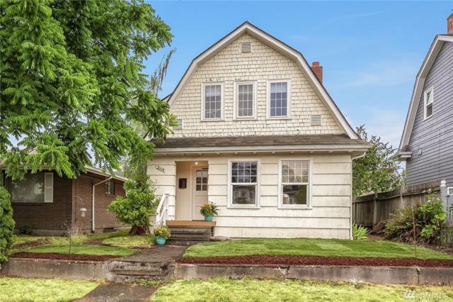 2114 45th Ave SW, Seattle, WA 98116 (#1344414) :: The DiBello Real Estate Group