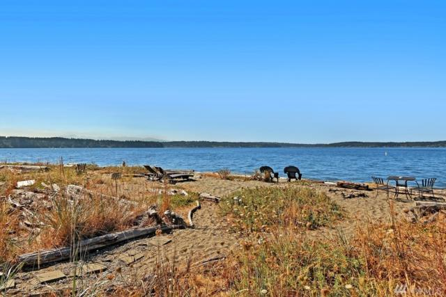 15717 Point Monroe Dr NE, Bainbridge Island, WA 98110 (#1345198) :: Keller Williams Everett