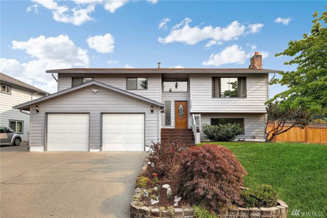 14403 SE 198th St, Renton, WA 98058 (#1345286) :: The DiBello Real Estate Group