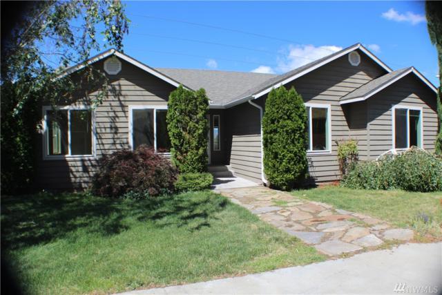 3213 NE Vine St, East Wenatchee, WA 98802 (#1345894) :: Beach & Blvd Real Estate Group