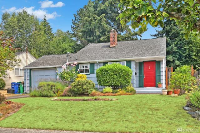 7736 38th Ave NE, Seattle, WA 98115 (#1346068) :: The Craig McKenzie Team