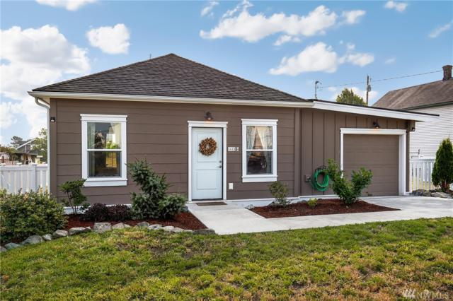 2615 Q Ave, Anacortes, WA 98221 (#1346098) :: Keller Williams - Shook Home Group