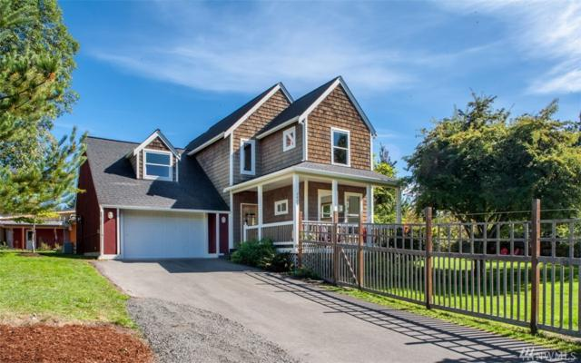 2479 Soundview Dr NE, Bainbridge Island, WA 98110 (#1346945) :: Better Homes and Gardens Real Estate McKenzie Group