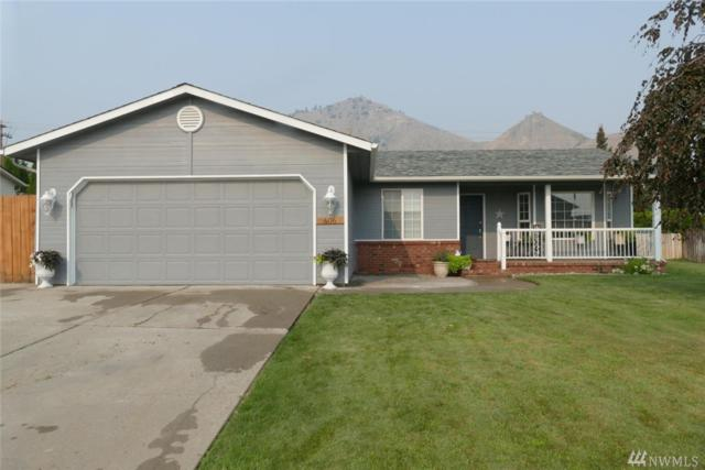 606 Royal Anne Dr, Wenatchee, WA 98801 (#1347582) :: Keller Williams Everett