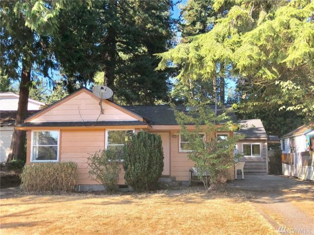 2602 NE 130th St, Seattle, WA 98125 (#1348176) :: Homes on the Sound