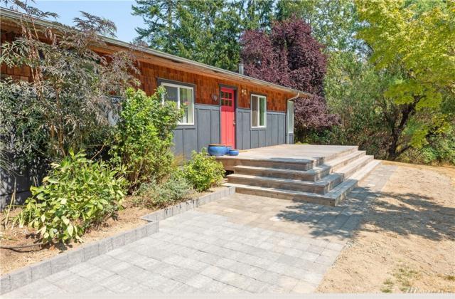 10828 SW 238th St, Vashon, WA 98070 (#1348695) :: Homes on the Sound