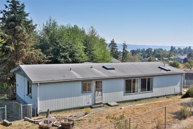 4726 Deer Lake Rd, Clinton, WA 98236 (#1349522) :: The Robert Ott Group