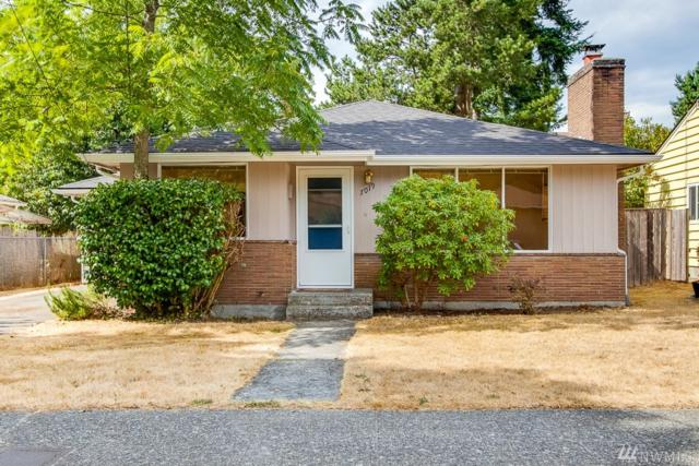 7019 25th Ave NE, Seattle, WA 98115 (#1351789) :: Beach & Blvd Real Estate Group