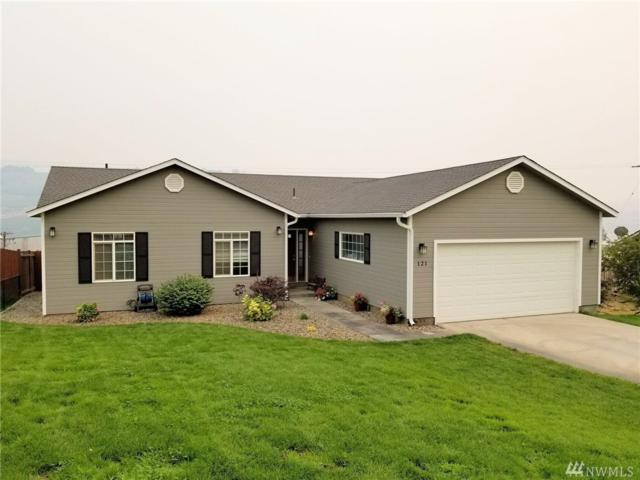 121 Pryor, Pateros, WA 98846 (#1352609) :: Better Homes and Gardens Real Estate McKenzie Group