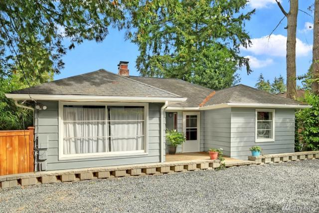 10208 15th Ave NE, Seattle, WA 98125 (#1353067) :: The Mike Chaffee Team