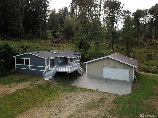 1490 Lake Drive, Camano Island, WA 98282 (#1356447) :: Real Estate Solutions Group