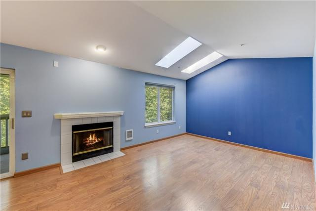9727 18th Ave W B302, Everett, WA 98204 (#1357428) :: Homes on the Sound