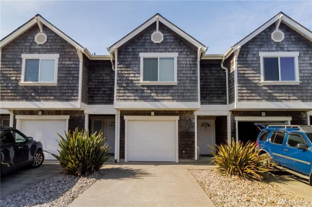 201 SW Ocean Beach Bldv. D4, Long Beach, WA 98631 (#1357548) :: KW North Seattle