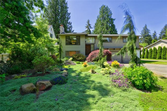 11325 19th Ave NE, Seattle, WA 98125 (#1358268) :: Homes on the Sound