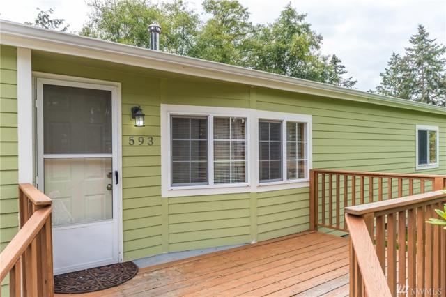 593 Salal St, Oak Harbor, WA 98277 (#1359361) :: Real Estate Solutions Group