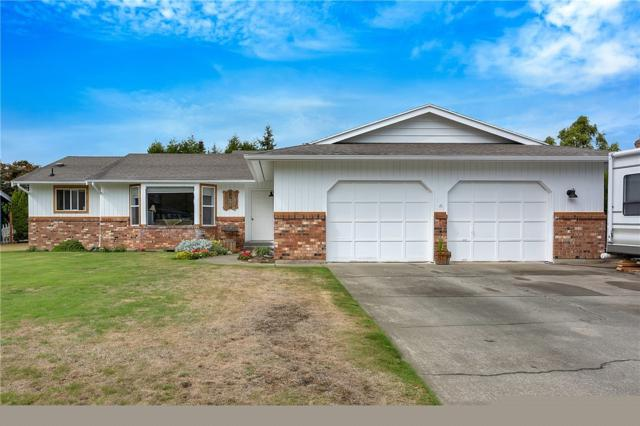 417 Cascade Wy, Lynden, WA 98264 (#1359647) :: Homes on the Sound