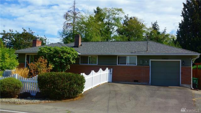11462 35th Ave SW, Seattle, WA 98146 (#1359949) :: Homes on the Sound