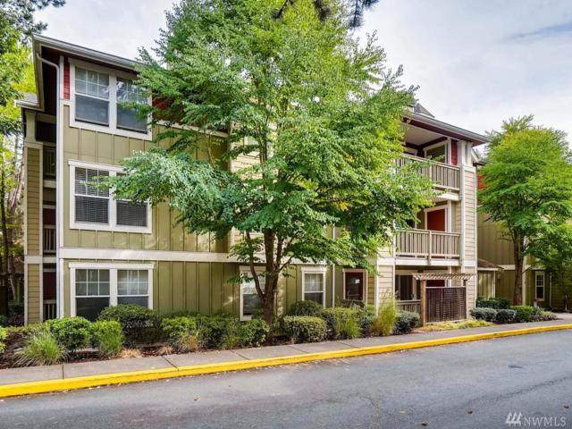 7711 NE 175th St F103, Kenmore, WA 98028 (#1360041) :: Homes on the Sound