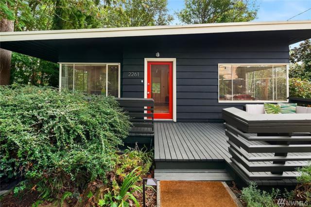 2261 NE 62nd St, Seattle, WA 98115 (#1360312) :: Homes on the Sound