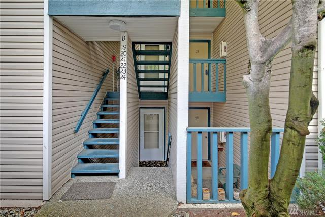 17431 Ambaum Blvd S D-22, Burien, WA 98148 (#1360754) :: Homes on the Sound