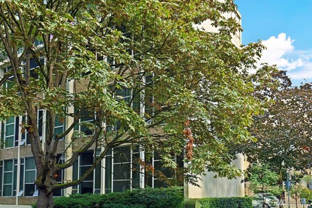 1000 Union St #303, Seattle, WA 98101 (#1362395) :: Icon Real Estate Group