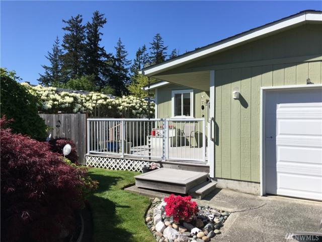2208 Vista Lane, Anacortes, WA 98221 (#1362416) :: Keller Williams Everett