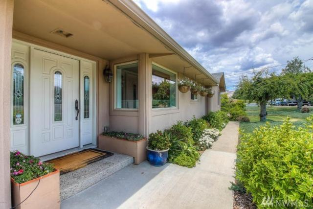 616 Country Club Dr, Yakima, WA 98901 (#1362435) :: Homes on the Sound