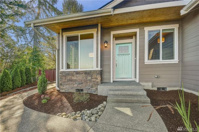 1817 Highland Dr, Puyallup, WA 98372 (#1362730) :: Homes on the Sound