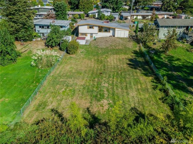 15425 SE 11th St, Bellevue, WA 98007 (#1363137) :: Homes on the Sound