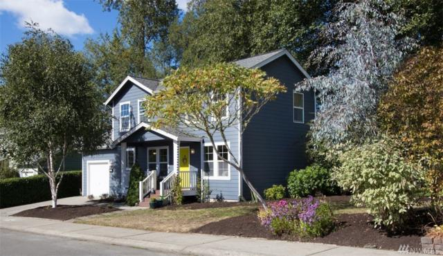 832 Strawberry Lane NW, Bainbridge Island, WA 98110 (#1363265) :: Better Homes and Gardens Real Estate McKenzie Group