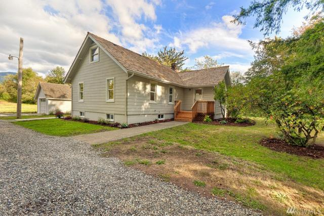 38704 Veazie Cumberland Rd SE, Enumclaw, WA 98022 (#1363267) :: Homes on the Sound