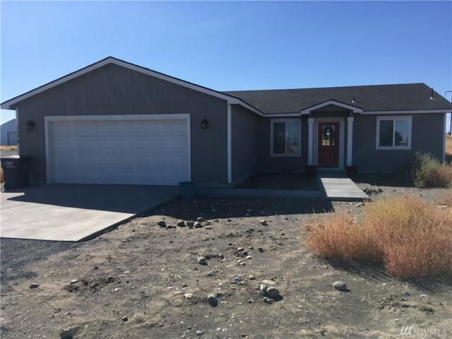 1174 NE C Rd, Moses Lake, WA 98837 (#1363614) :: Keller Williams Everett