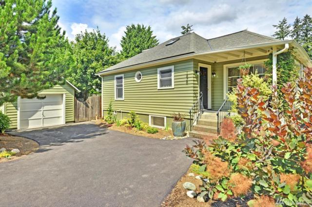 1826 NE Serpentine Place, Shoreline, WA 98155 (#1363656) :: The DiBello Real Estate Group