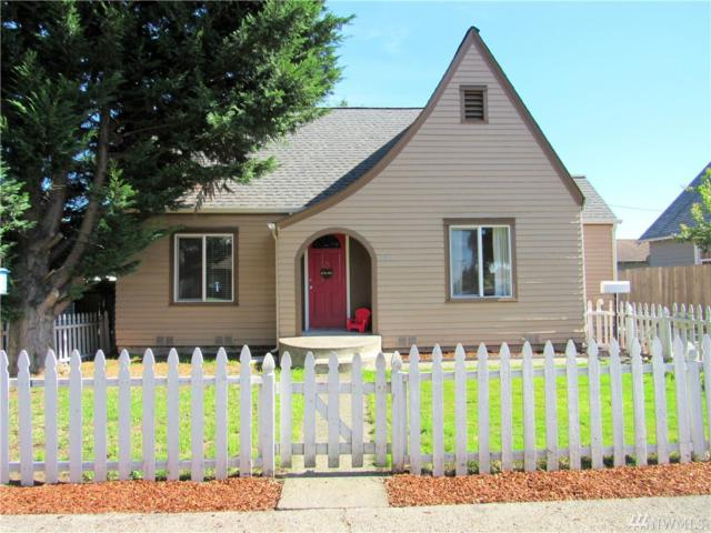 206 S 8th Ave, Kelso, WA 98626 (#1364002) :: Mike & Sandi Nelson Real Estate