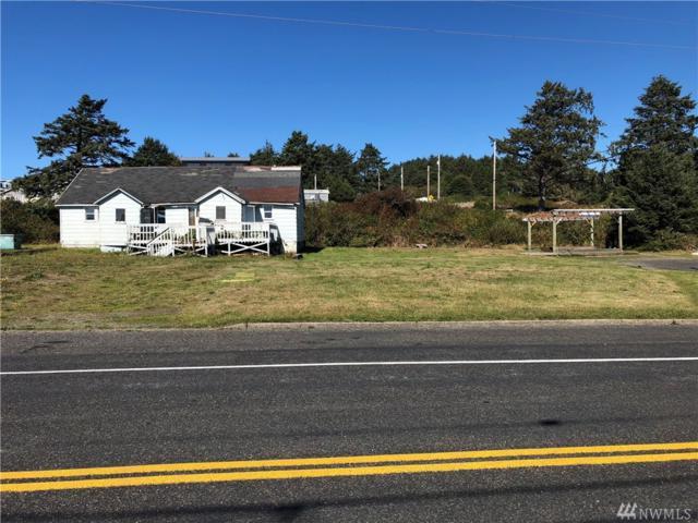 54 Main St, Pacific Beach, WA 98571 (#1364668) :: Alchemy Real Estate