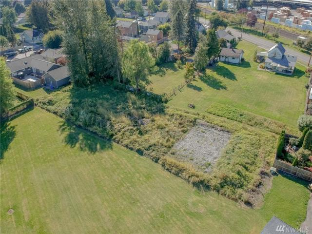 1525--1529 16th St, Sumner, WA 98390 (#1366780) :: Alchemy Real Estate