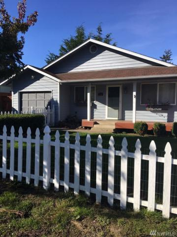 1025 W Fountain St, Port Angeles, WA 98363 (#1368750) :: Real Estate Solutions Group